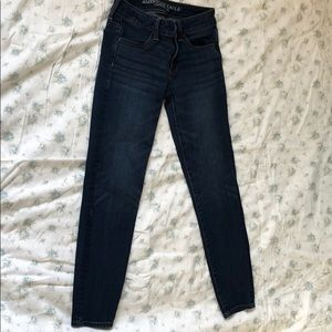 American Eagle dark wash jegging.
